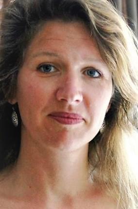 Monique Zomer